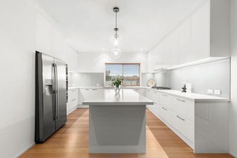 Aspendale Gardens- This kitchen was completely redisgned with an addition of a walk in pantry to utilsing the space fully. Its now a great kitchen to entertain in.